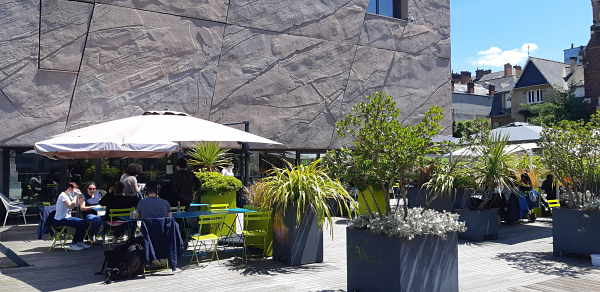 Terrasse_Champs-Libres_opt