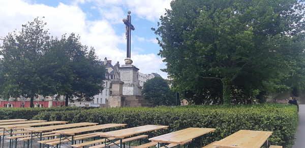 Terrasse Croix de la Mission